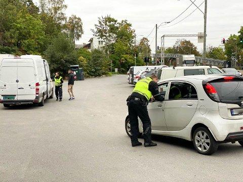 – RISIKOVILLIG KJØREATFERD: Trafikkorpset varsler innsats mot rus- og råkjøring i år. Her fra en kontroll i fjor høst.