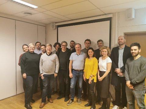 Deltakerne på årsmøtet etter endt møte.