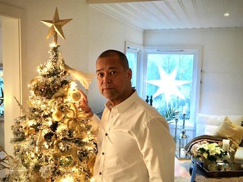 HOLDER UT: Høsten 2017 fikk Andreas beskjed om at julen det året trolig ville bli hans siste. Nå går han nok en jul i møte hjemme i Langhus.