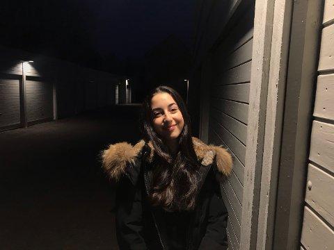 Esra Akdeniz (15) fra Mortensrud i Søndre Nordstrand.