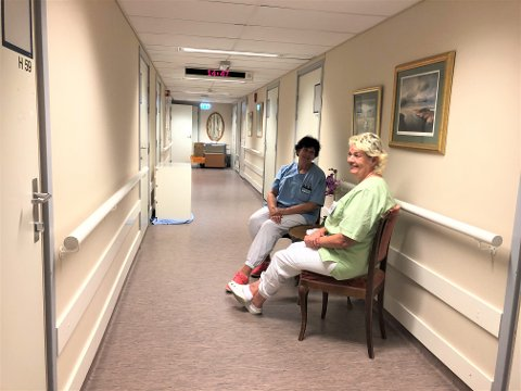 GJENÅPNING: Fv: Mette (62) og Heidi (62) gleder seg til trygghetsavdelingen på Nordseterhjemmet åpner dørene igjen mandag 17.august.