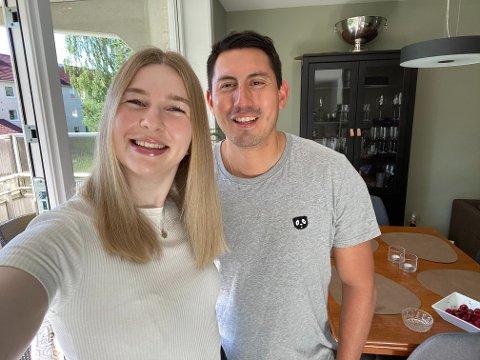 Eileen Røsholt og samboer Victor Martinez Halnes flyttet nylig inn på Lambertseter. De stortrives i leiligheten på Langbølgen.