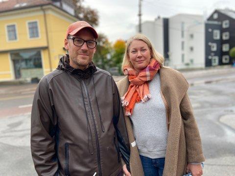 Andreas Holte-Hansen mener det både finnes positive og negative konsekvenser. Her med kona Stina Holte-Hansen.