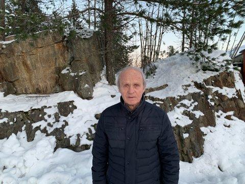 Jan Aurdahl (77) er allerede nervøs for å ta koronavaksinen. Det har ikke blitt noe bedre av at det har vært kluss med innkallingen fra bydelen.