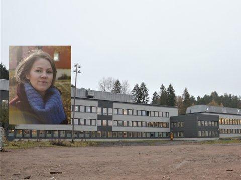 – Bøler skole har blitt maltraktert. Det er helt grotesk hva de har gjort med dette bygget. Skolen pleide å være så fin, men nå ser den ut som nok et lagerbygg. Det er utrolig trist å se på bilder av hvordan skolen pleide å være og hvordan den har blitt, sier Thurmann-Moe.