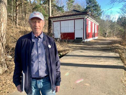 KJEMPER: Lokalhistoriker Dag Janøy fra Bekkelaget jobber for at Café Utsikten kan åpne dørene igjen.