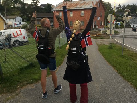 Trine og Per Torgersen lyktes med å gå i et døgn i strekk på andre forsøk.