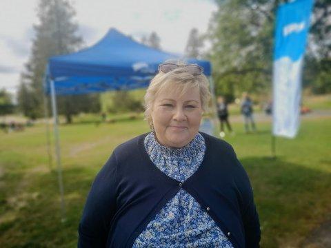 Statsminister Erna Solberg tok turen til EKT i Ekebergparken for å møte velgere.
