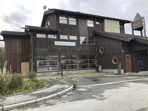 Vågåtunet: Det er i andre etasje i dette bygget at Bergnord har planer om å byggje to leiligheiter. I fyrste etasje er det næringslokal.