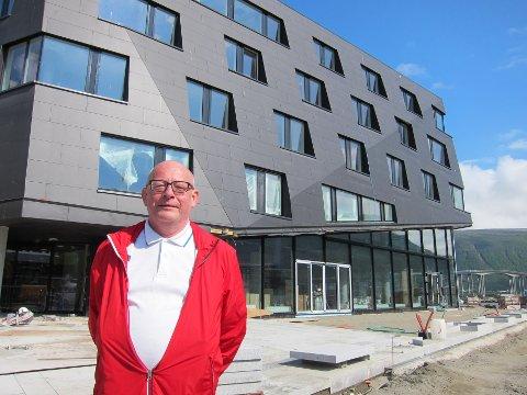 FORNØYD: - Det kommer til å bli veldig fint her med det åpne kaiområdet, sier Lars Echroll.