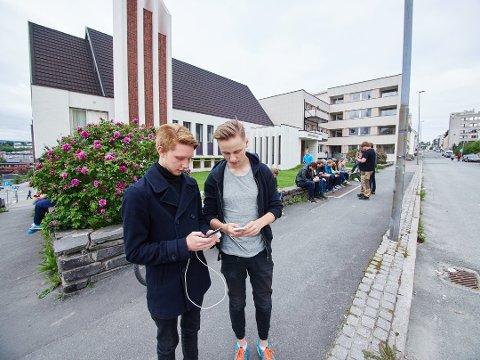 Christian Aabitsland og Simon Persson Fagerland fra en spilleøkt i sommer. (Foto: Kristoffer Klem Bergersen)