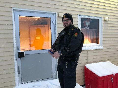 RYKKET UT: Politibetjent Gaute Østeggen var på stedet bare 12 minutter etter at alarmen gikk.