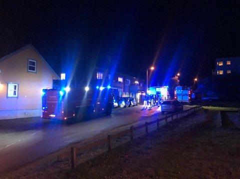RYKKET UT: Nødetatene rykket fredag ut til en adresse i Balsfjordgata i Tromsø.