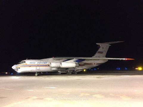 RUSSISK HJELPEMANNSKAP: Natt til søndag kom russiske hjelpemannskap til Svalbard for å bistå i søket.