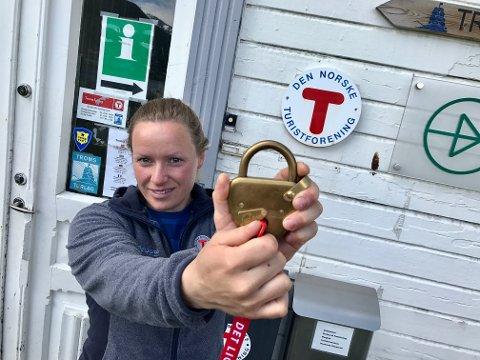 NØKKELPERSONER: Mia Kanstad Kulseng fra Troms turlag søker hytteverter til å ha oppsyn med turlagshyttene i Troms.