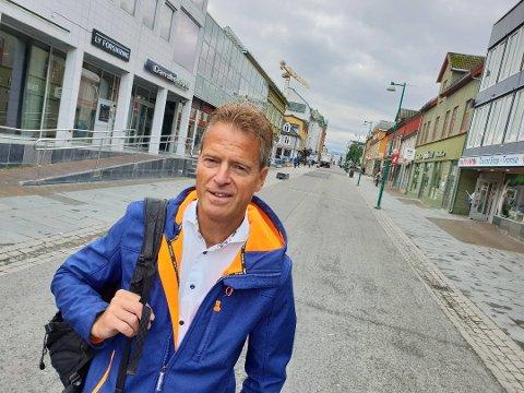 OVERRASKET: Jens Johan Hjort, Høyres ordførerkandidat i Tromsø, håper at KrF avviser partileder Knut Arild Hareides ønske om å gå i regjering med Sp og Ap.