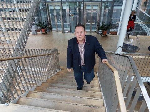 KREVER OPPTRAPPING: Jarle Heitmann mener regjeringa påfører Tromsø realnedgang i frie inntekter neste år. Han ber Høyre lokalt om å kreve økte overføringer.