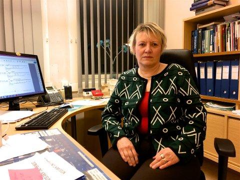 Rådmann Inger Marie Gaino forsvarer lønnsøkningen til topplederne i kommunen. - Vi har slitt med rekruttering fordi lønnsnivået har vært for lavt. Foto: Ola Solvang