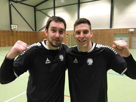 SYV MÅL TOTALT: Brødrene Vucenovic scoret syv av de ni målene som sikret 9-1-seier mot Fredrikshald i Breivikahallen. Milos Vucenovic (t.v) og Uros Vucenovic (t.h).