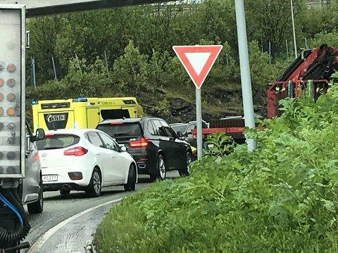 En motorsyklist hadde et trafikkulhell i Breivika. Foto. Silje Solstad