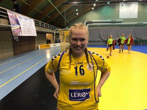 LEVENDE VEGG: Kamilla Nordgård vartet opp med en rekke feberredninger i dagens kamp mot Follo HK.
