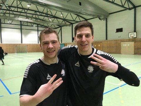 HAT-TRICK: Både Jonas Nikolaisen Simonsen (t.v) og Uros Vucenovic scoret hat-trick mot tabell-trer Hulløya fra Bodø. Nå begynner begge å lukte på toppscorertittelen skal vi tro statistikken.