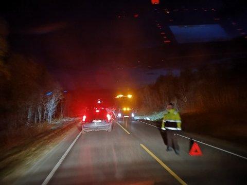 DIRIGERING: En politimann tok ansvar og dirigerte trafikken, selv om han ikke var på jobb.