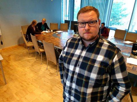 SKUFFET: Høyres gruppeleder Erlend Svardal Bøe mener de rødgrønne samarbeidspartiene hindrer opposisjonen i å drive skikkelig politisk arbeid.