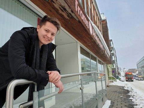 ANSVAR: Brynjar Saus mener Tromsø vil tjene på å ta imot flere flyktninger. - Vi trenger flere i arbeidsfør alder i framtida, sier han.