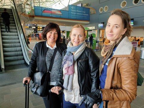 STREIKERAMMET:  Maija Räihä, Monica Torbergsen og Jenny Rautio får ett ekstra døgn i Tromsø på grunn av SAS-streiken.