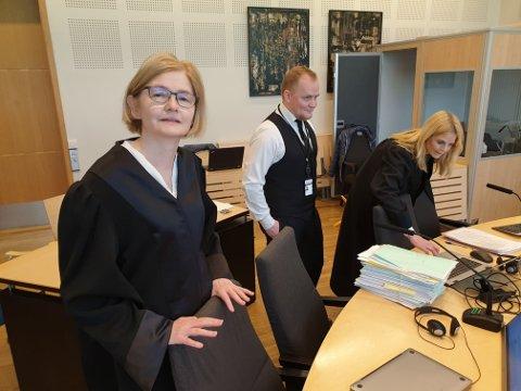 VIL FORKLARE SEG: Beate Arntzen er bistandsadvokat for en av de tre fornærmede i Ludvigsen-saken. Hennes klient er forberedt på å forklare seg når rettsaken starter tirsdag, opplyser Arntzen. Her fotografert i forbindelse med en annen rettssak.
