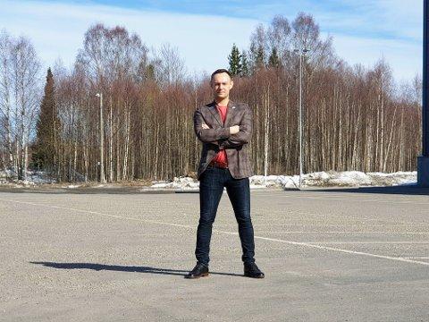 JA TIL TOG: Torgeir Knag Fylkesnes vil ha tog til Tromsø