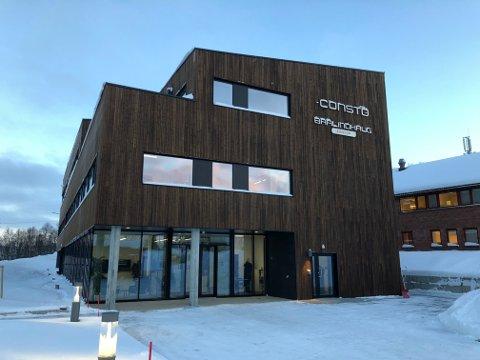 GRØNNEST I BYEN: Constos hovedkontor i Sjølundveien i Tromsø er det nordliste bygget i verden som er godkjent gjennom miljøsertifiseringen BREEAM-NOR.