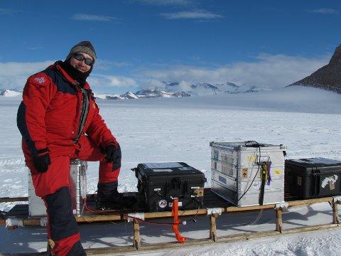 ANTARKTIS: Kenichi Matsuoka har vært i Antarktis flere ganger. Nå slippes boken hans.
