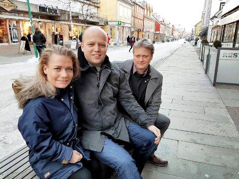 TOPPER I TROMSØ: Trygve Slagsvold Vedum og hans lokale Sp-topper Sandra Borch og Ivar B. Prestbakmo troner øverst på den ferske meningsmålinga for Tromsø.