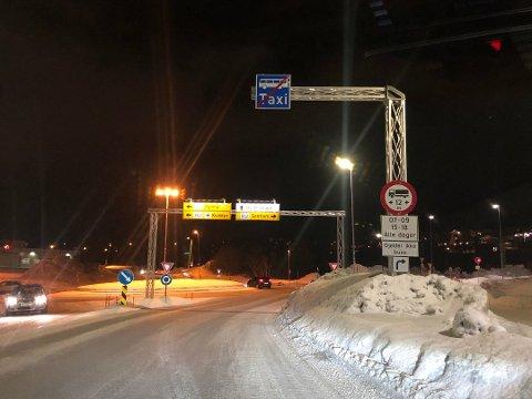 SKILT: Etter noe tid er alle tunnellinnslagene i Tromsø merket med forbudet. Foto: Eskil Mehren