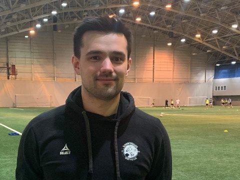 SENKER SNITTALDEREN: Simen Johansen er i en alder av 29 år innstilt som nytt styremedlem i TIL.