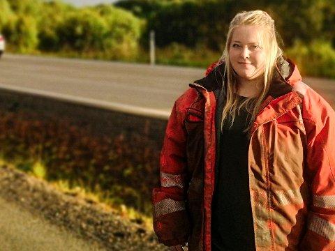 TRIVES I TRAFIKKEN: - Bilberging er virkelig det jeg lever for og vil jobbe med, sier Ida-Camilla Pedersen, som nå kjemper for å få lønna hun har krav på for nettopp bilberging.