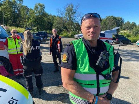 POLITIET: Innsatsleder på stedet, Fred Johansen, forteller at en mann ble funnet død rundt klokken 10.20