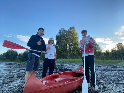 NØDETATENE KOM: Simen Abrahamsen (fra venstre), Oliver Woie Rydning og Jostein Solstad-Nøis utløste full alarm på padleturen fredag kveld.