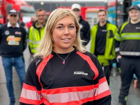 MANNSDOMINERT: Julianne Brox (29) er en av flere kvinner i et mannsdominert yrke.