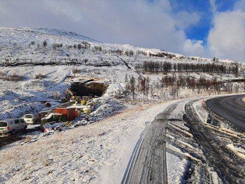 VINTER: De ansatte ved LNS på Kvænangsfjellet fikk en fin vinterdag onsdag.