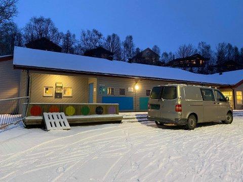 STENGT: Slettaelva barnehage er rammet av vannlekkasje og stengt mandag.