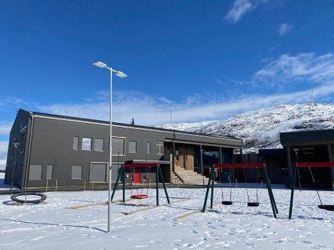 PENGESLUK: Den nye Brensholmen skole som sto ferdig i 2019 har blitt gjenstand for en rettssak som Tromsø kommune nå har tapt. Om dommen blir stående, må kommunen ut med rundt 10,8 millioner kroner til Totalrenovering, som tapte anbudet.