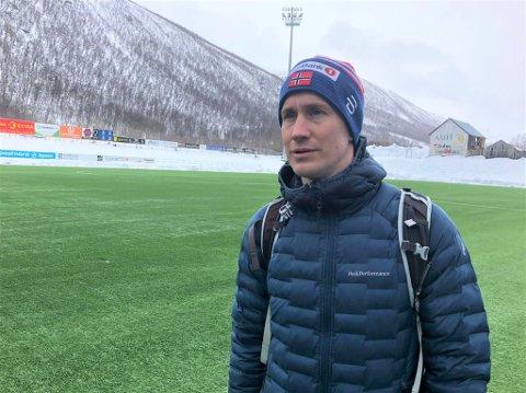 MØTTE PRESSEN: Morten Gamst Pedersen på TUIL Arena torsdag ettermiddag.