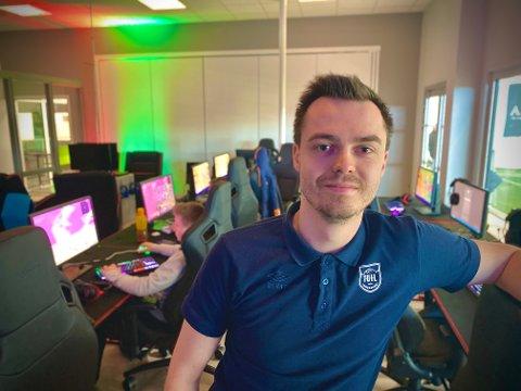 KLAR: Brynjar Johansen på TUIL Esport ønsker at flere melder seg på. Har du det som trenger?