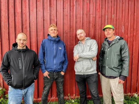 MILJØET: Marius Undergod Alexander (40), Terje Grimen (31), Tobias L (26) og Torgeir Riise (36) forteller at slike arrangementer er veldig viktig for graffitimiljøet.