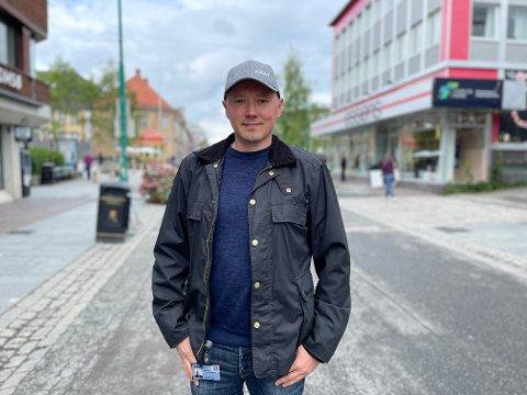 NYUTDANNET: Daniel Jørgensen ville utfordre seg selv, og endte opp med en bachelorgrad.