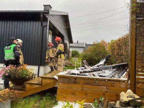 I RUINER: Platting er gått opp i flammer.