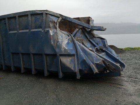 GIKK GALT: Slik så containeren ut etter uhellet i tunnelen.